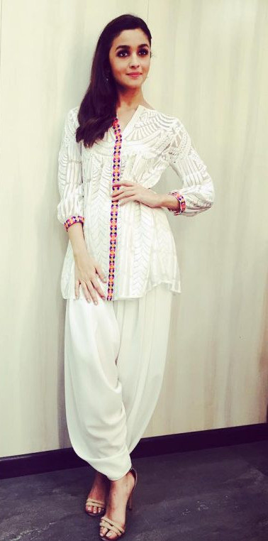Trendy Summer Long Kurta with Pleated Pyjama