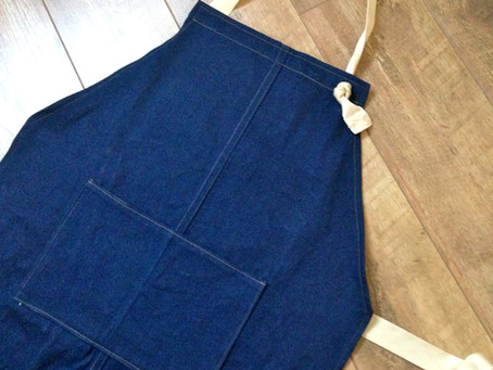 Simple Mans Apron - Free Tutorial and Pattern