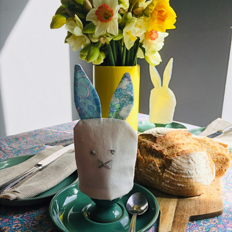 DIY Easter Table Decorations -  Cute Egg Cosies