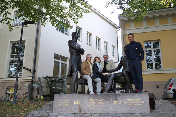Photo session with Russian officials responsible for the implementation of the monument A Meeting in Turku in 1812
