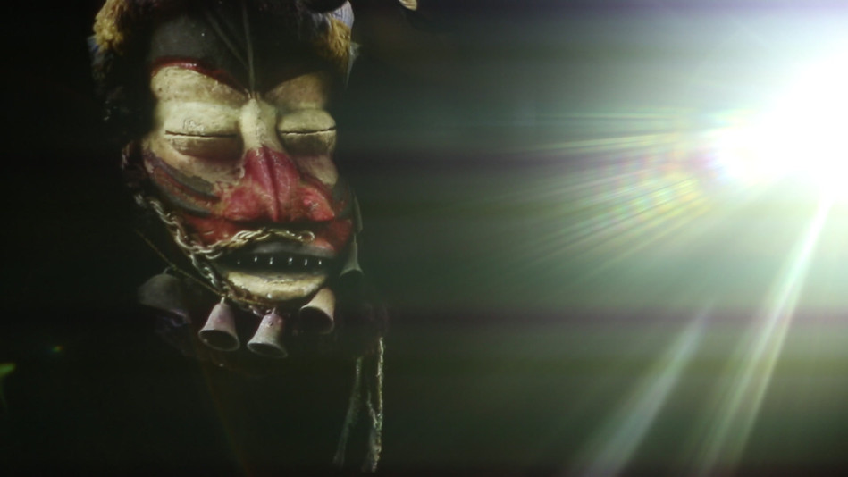 Video: Picture of Indigenous Mask projected on body surface