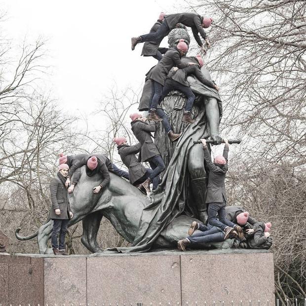 Otto Von Bismarck Statue  /  Germania repressing the leopard   /  Tiergarten, Berlin
