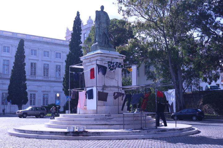 Another Bailout of Memories / Performance by Marcio Carvalho  /   Audio: Courtesy of Elsa Peralta and the exhibition Retornar  /  King Carlos I Statue, Palacio da Ajuda, Lisbon