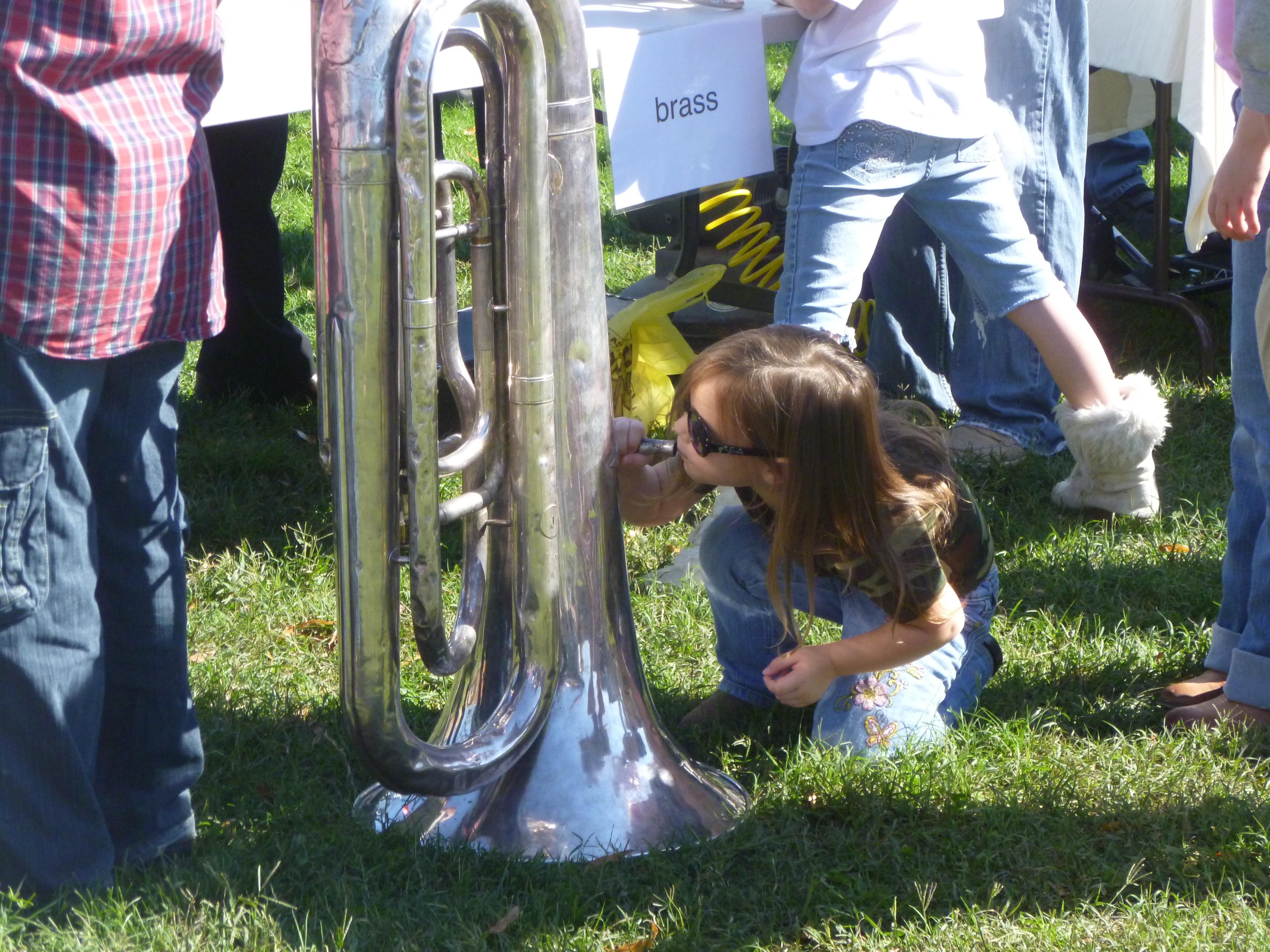 zoo tuba upsidedown