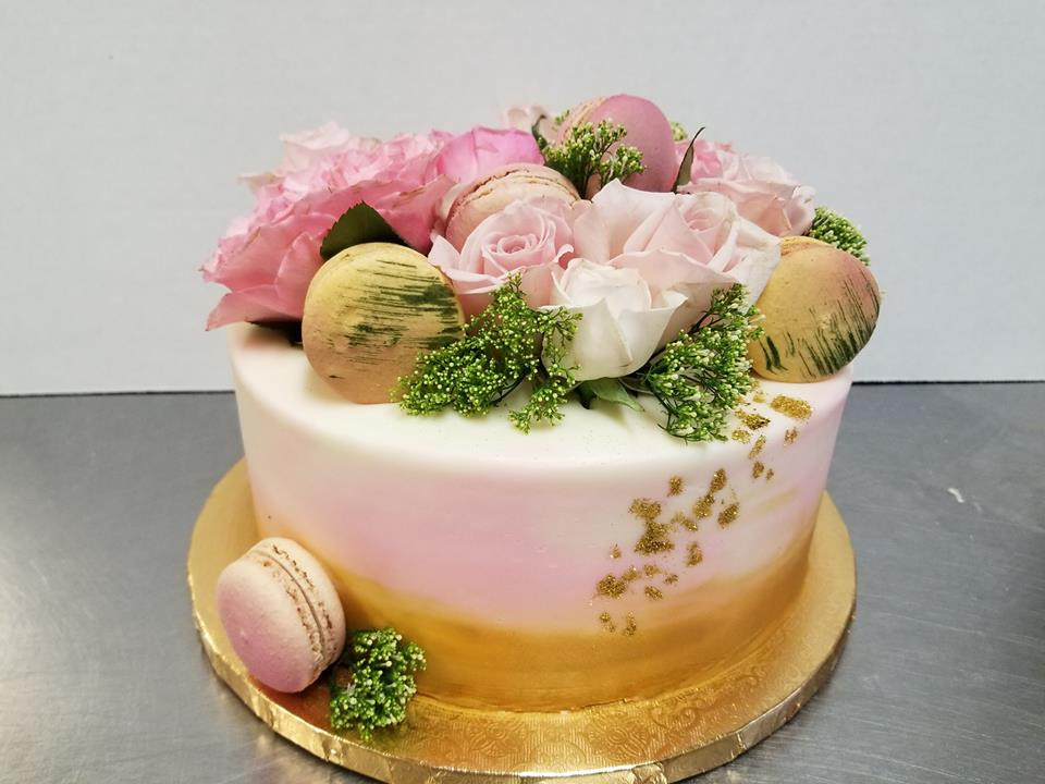 Pink and Gold flower cake