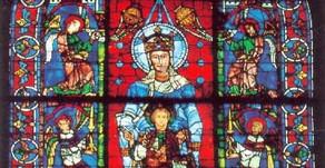 La meraviglia dell'arte luminosa: le vetrate della chiesa superiore di San Francesco ad Assisi