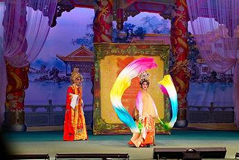 Chinatown chinese opera show