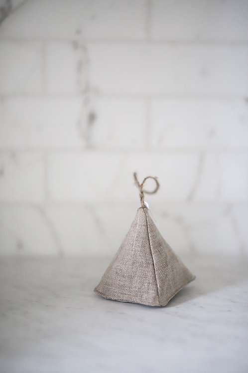 Linen Pyramid Sachet