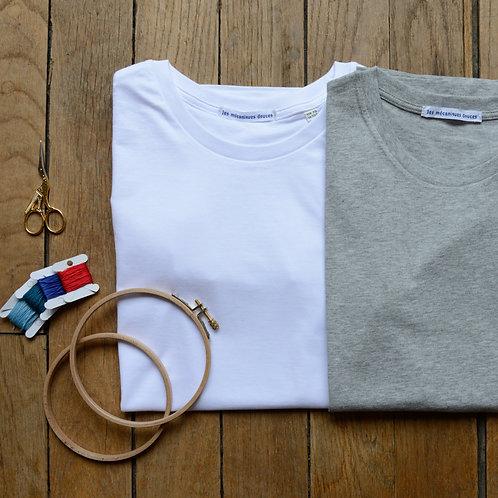 T-shirt dessin brodé à personnaliser !