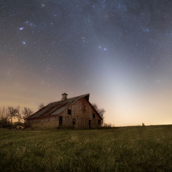 Zodiacal Light in the Heartland