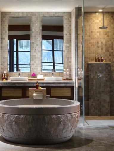 Bathroom_suite_1_5780618a83bcd_57fb0ac6b