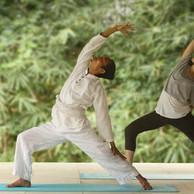 yoga_class_57a94cce39828-1024x683.jpg