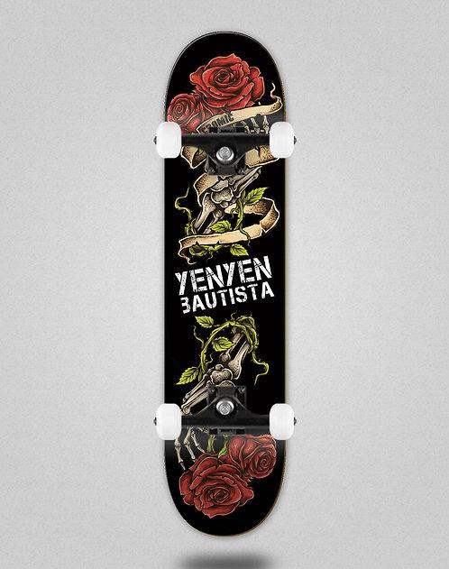 Cromic Yenyen present black skate complete