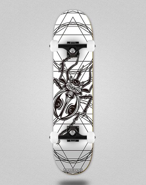 Black Revolver Insecta collective escarabajo white skate complete