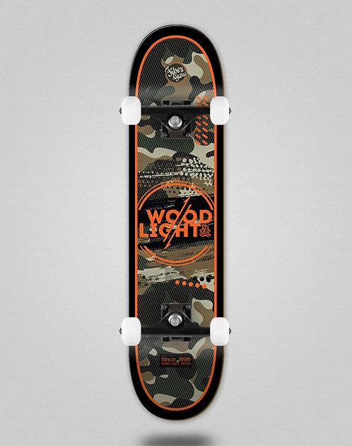Wood light Camo black orange skate complete