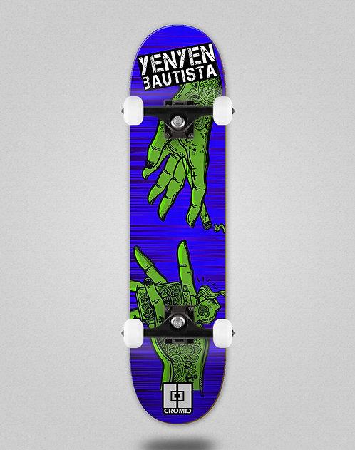 Cromic Yenyen hands blue green skate complete