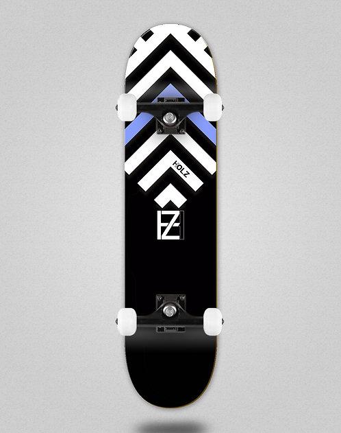 Holz Gram BW Akira black skate complete