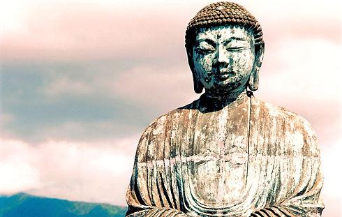 Oriental Statue_edited_edited.jpg
