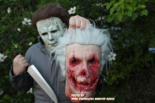 HALLOWEEN 2018 Officer Francis Severed Head Prop
