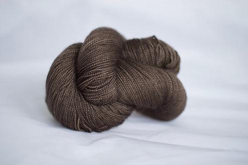 CatClaw - 75% sw mérinos 25% nylon FINGERING - brou de noix