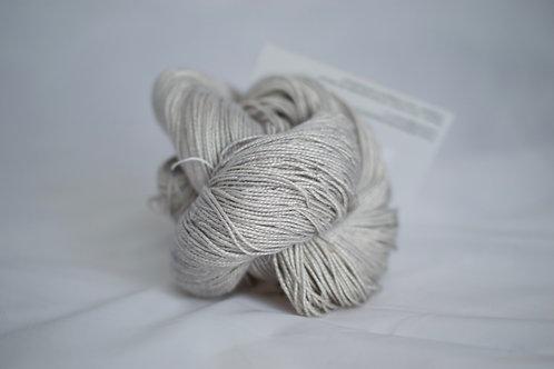 Morgane - 65% soie 35% lin DK - perdue dans la brume
