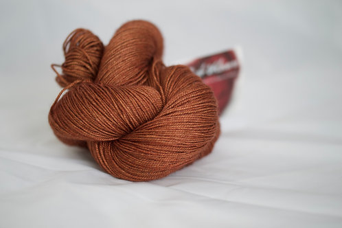 Tonkinoise fingering - 60% sw mérinos 20% yack 20%soie - ambre