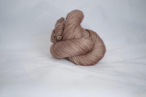 Eria fingering - 80% sw mérinos 20% soie - quartz rose