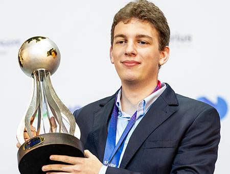 Duda vence a Copa do Mundo de Xadrez e Carlsen mostra seu brilhantismo!