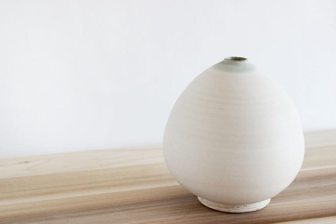 ball vase.jpg