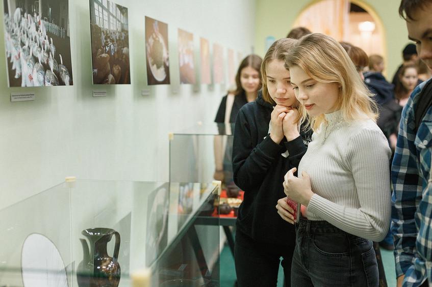 Открытие выставки «Чай, любовь и мир» 07
