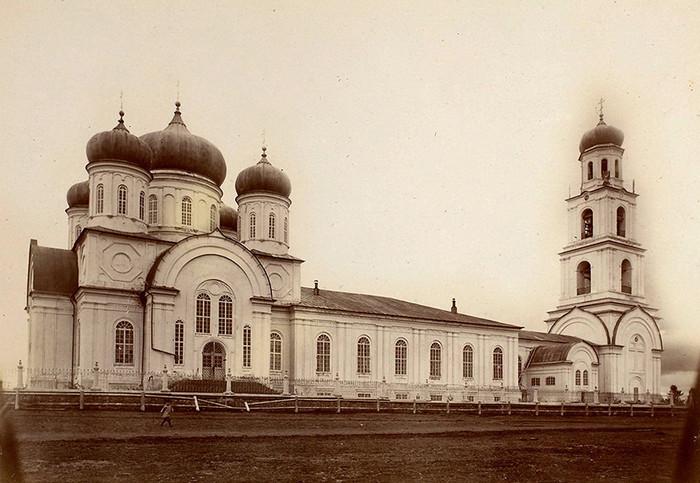Богородицкая церковь с. Порез. Фото нач.