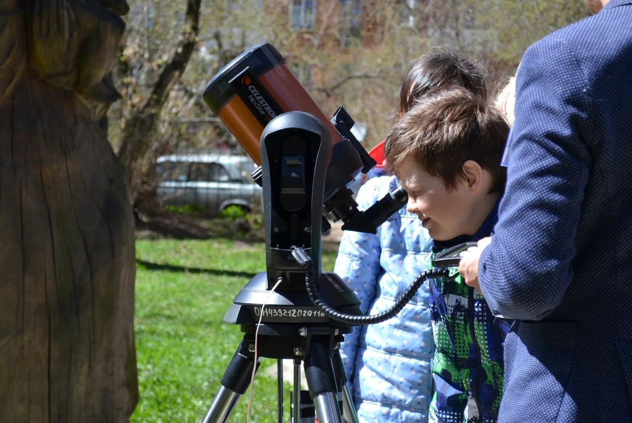 Астрономия на тротуаре 03