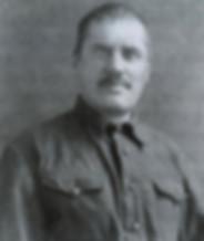 14. Анатолий Пепеляев в 1937 году перед