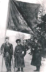 2. Филипп Голиков (в центре) - ассистент