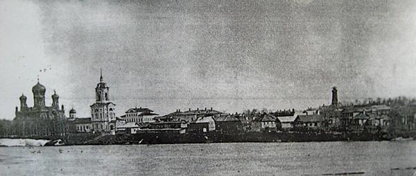 4. Город Глазов. Вид с правого берега Че