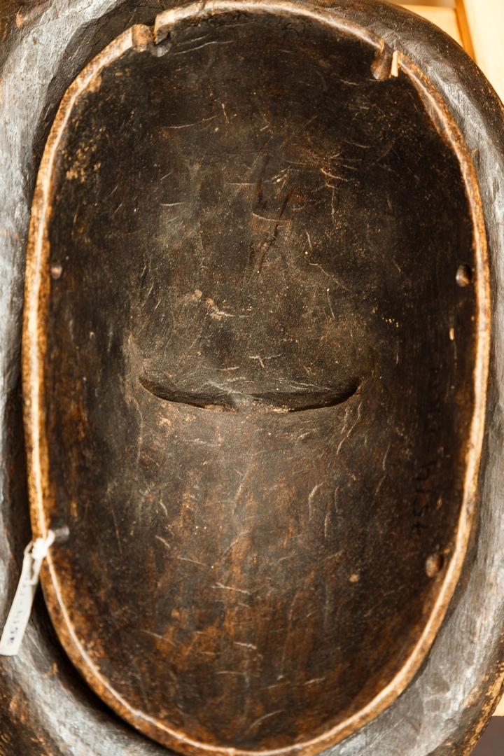 Африканская маска 04