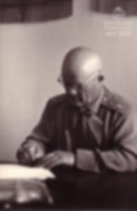 12. Маршал Ф.И. Голиков в школе №9 г. Гл