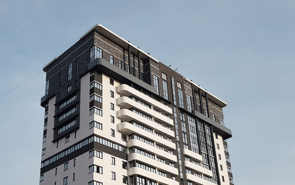 Фасад верхней части здания жк Танго.jpg