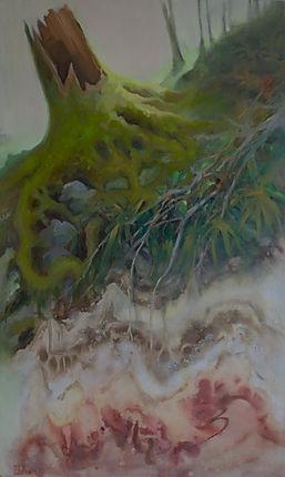 Tronc d'arbre rouge et vert
