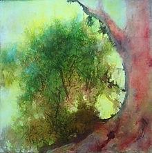 Arbre rouge, végétation verte et fond jaune