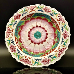 A lotus form Famille rose export plate