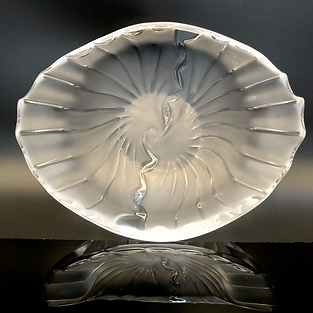 FRANCE - Lalique Frosted Scalloped Dish