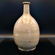 A Koryo Dynasty white Bottle