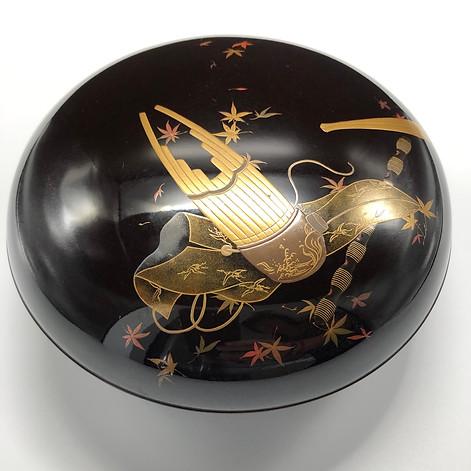Meiji period Maki-e round box