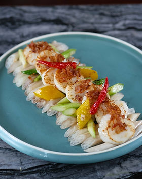 Wok-fried Scallops with Baby Lotus Seeds