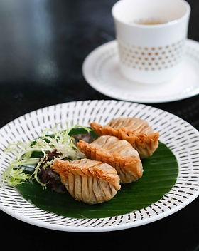 Deep-fried Curry Chicken Dumpling 炸咖哩雞角_6.jpg