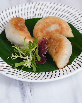 Lamb and Fennel Pan-fried Dumpling 茴香羊肉鍋貼 _1.jpg