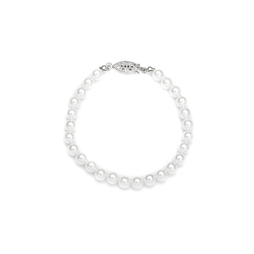 Bracelet of 6mm soft ivory pearls