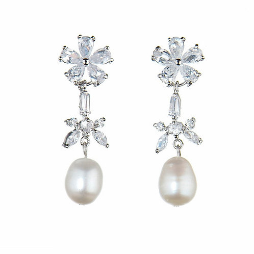 Delicate pearl and crystal bridal earrings by Prive Bridal