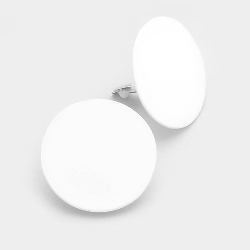 Round white retro clip-on earrings